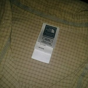 The North Face Mens Button Down Shirt XL